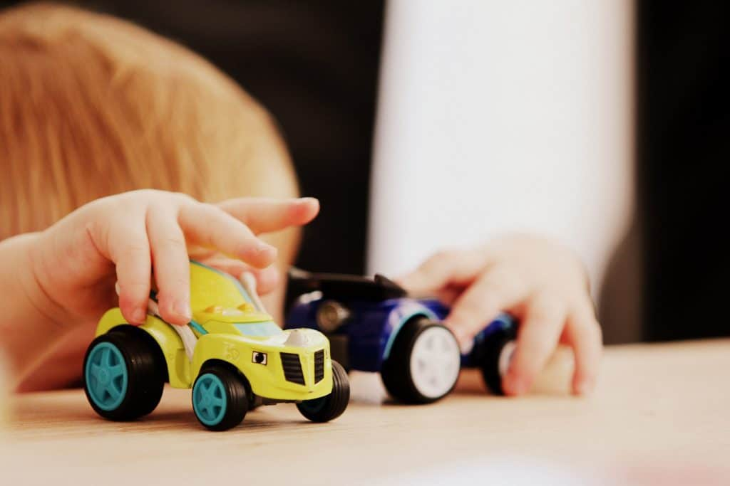 Clean kids plastic toys