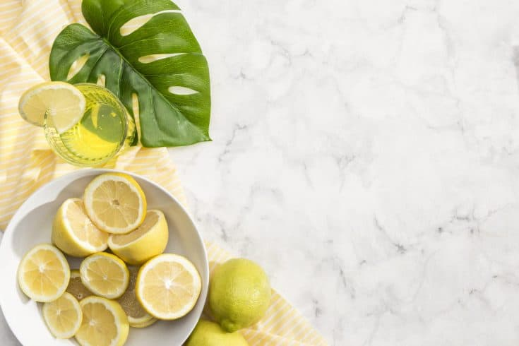 how to use lemons in a bowl to clean microwave