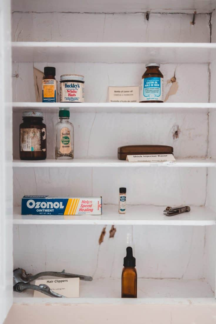 5 Steps to organizing your medicine closet