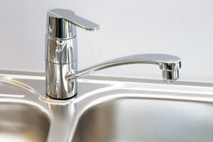 Best wayt o clean you stainless steel sink